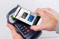 В Украине сняли ограничения для расчетов через мобильные телефоны