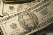 Во Львове разоблачили крупное производство поддельных долларов