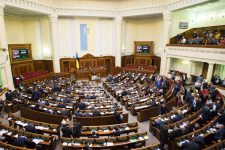 Депутаты намерены ужесточить правила беспошлинного ввоза