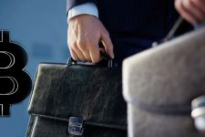 Украинские чиновники задекларировали криптовалюты на огромные суммы