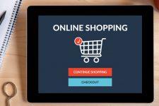 Стало известно, сколько украинцы тратят на покупки в Интернете