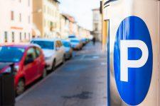 Оплата парковки смартфоном стала доступна еще в одном городе Украины