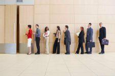 На пост главы ПриватБанка претендуют три сотни кандидатов