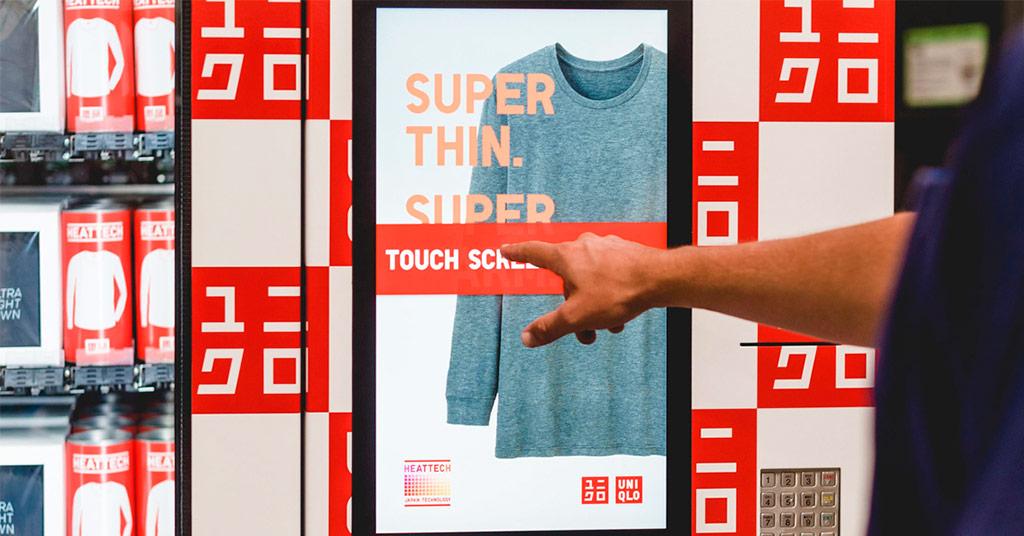 В аэропортах и торговых центрах появятся автоматы по продаже одежды