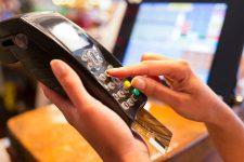 Карточные платежи в Украине выросли на 14%