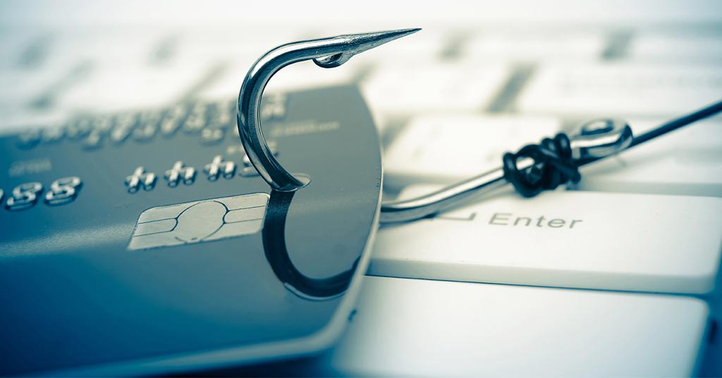 Мошенники активизировались: количество взломанных платежных карт растет