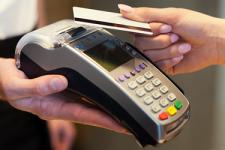Платежные карты в Украине: где и сколько тратят потребители