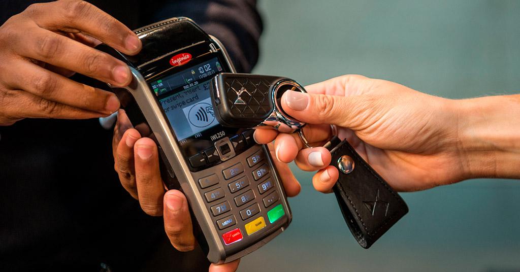 Автомобильные ключи получат функцию бесконтактных платежей (видео)