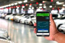 В Киеве заработала бесконтактная оплата парковки со смартфона