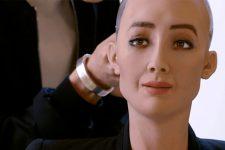 Человекоподобный робот София будет выступать на конференциях