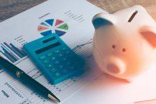 Украинские банки снижают ставки по депозитам и повышают по кредитам