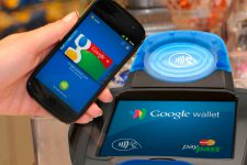 Google Pay стал доступен на смартфонах Android