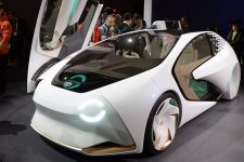 Toyota протестирует автомобили с искусственным интеллектом