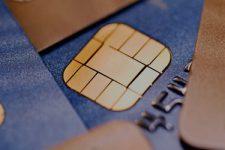 Идеальная карта и онлайн-банкинг: украинцы назвали свои требования