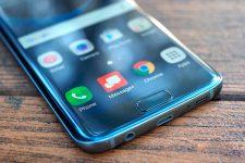 Названы лидеры продаж мобильных устройств в Украине