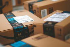 Службы доставки пока не подтверждают открытие в Польше склада Amazon для работы с Украиной