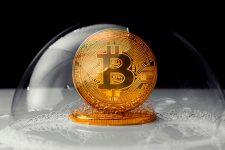Bitcoin подешевел до $10 тыс — комментарии экспертов