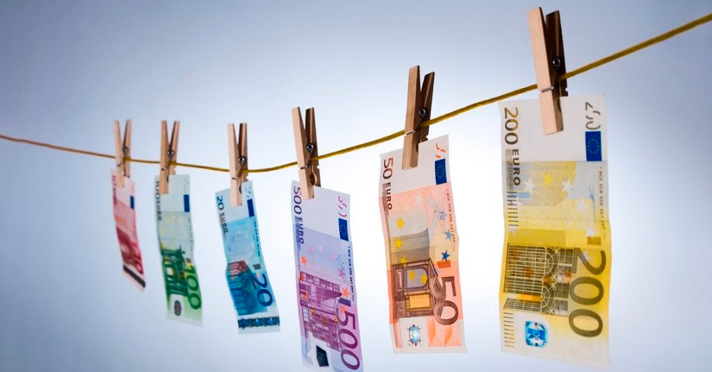 По всей Европе массово арестовывают организаторов отмывания денег