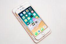 В этом году появятся два новых iPhone