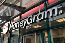 Против MoneyGram подали иск из-за сокрытия информации об операциях с криптовалютой XRP
