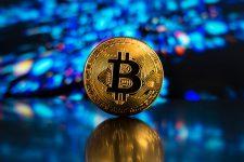 Цена Bitcoin достигла $11 000 и продолжает рост благодаря новостям из Кореи