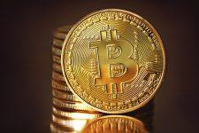 Bitcoin снова поднялся выше отметки в $10 тысяч