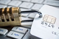 Украинцев предупредили о новой схеме кредитного мошенничества