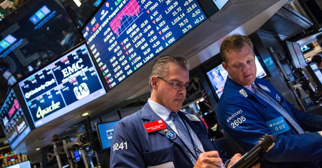 Фондовый рынок обвалился: мировые индексы достигли рекордно низких значений