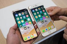 Люди потратили на смартфоны рекордное количество денег