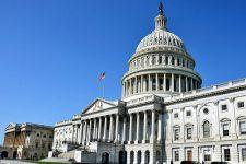 Конгресс США намерен регулировать криптовалюту