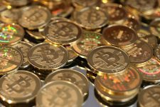 В одной из стран стоимость биткоина превысила $24000
