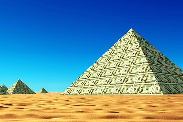 Мавроди и компания: самые известные финансовые пирамиды в мире