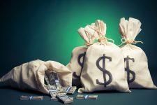 В Латвии поймали банкира, которого подозревают в краже 300 млн грн