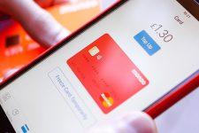 Популярный мобильный банк достиг отметки в 2 млн пользователей
