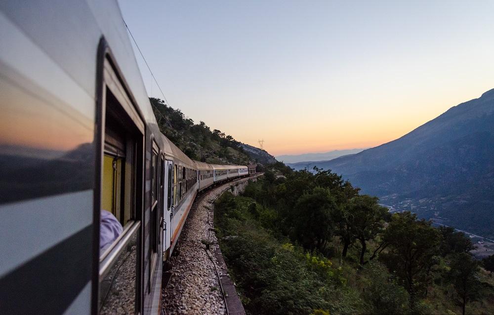 Як купити квиток на поїзд через інтернет
