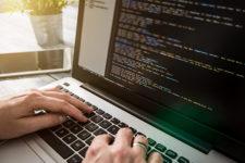Хакеры атаковали сотни сайтов ради майнинга криптовалюты