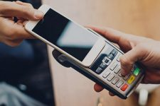 Смартфон вместо кредитки: как мобильный стал кошельком