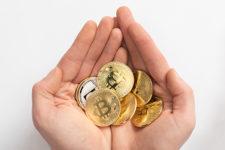Почему биткоин не станет мировой валютой? Банкиры назвали причину