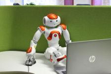 Крупный банк может заменить 10 тыс сотрудников роботами