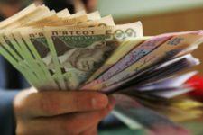 Наличные на кассе: на украинских АЗС появился новый банковский сервис