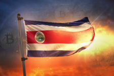 В Латинской Америке могут выдавать часть зарплаты в криптовалюте
