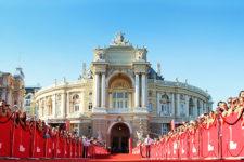 Одесский кинофестиваль станет безналичным
