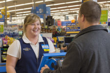 Walmart установит тотальный контроль за персоналом