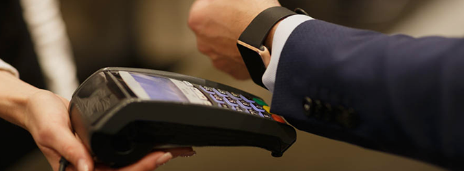 Обзор часов Watch2pay: платежи одним касанием руки