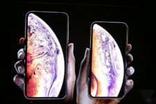 Две SIM-карты и дешевый iPhone: как прошла презентация Apple
