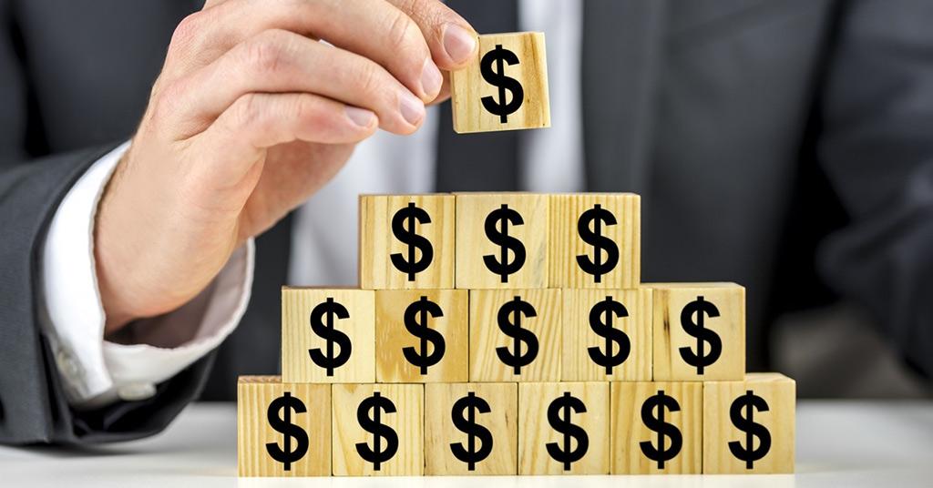 финансовую пирамиду