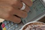 Кольца и браслеты: ТОП-7 аксессуаров, которые заменят кредитку (фото, видео)