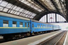 В Укрзализныце рассказали, сколько билетов продают онлайн