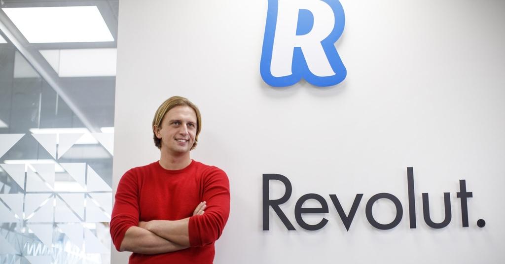 мобильный банк Revolut