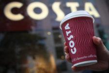 Чашки с NFC: в Британии нашли замену кредитной карте